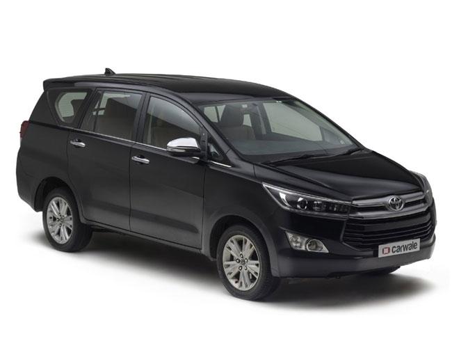 Toyota Kijang Innova V A/T Gasoline